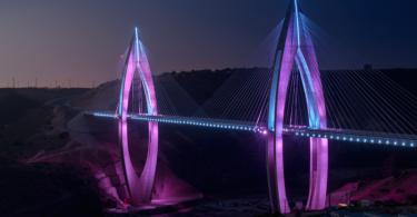 De Mohammed VI kabelbrug in marocco langs en grootste brug van africa