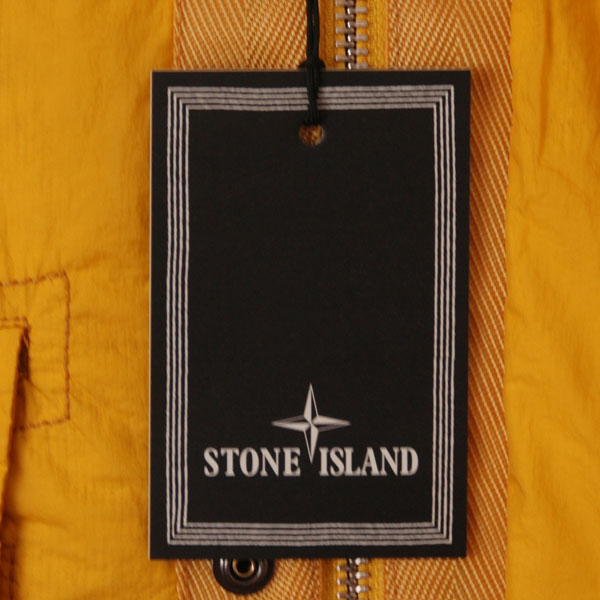 swingtag-neppe-stoneisland