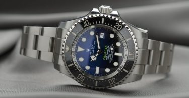 88d4692a0f5 Top 10 Duurste Rolex Horloges ter Wereld · fake north face jas herkennen
