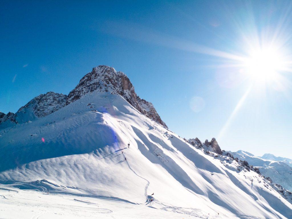 wintersport-bergen-sneeuw