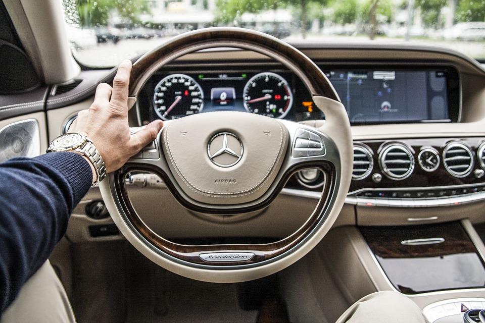 mercedes luxe auto