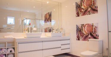 grote spiegel badkamer