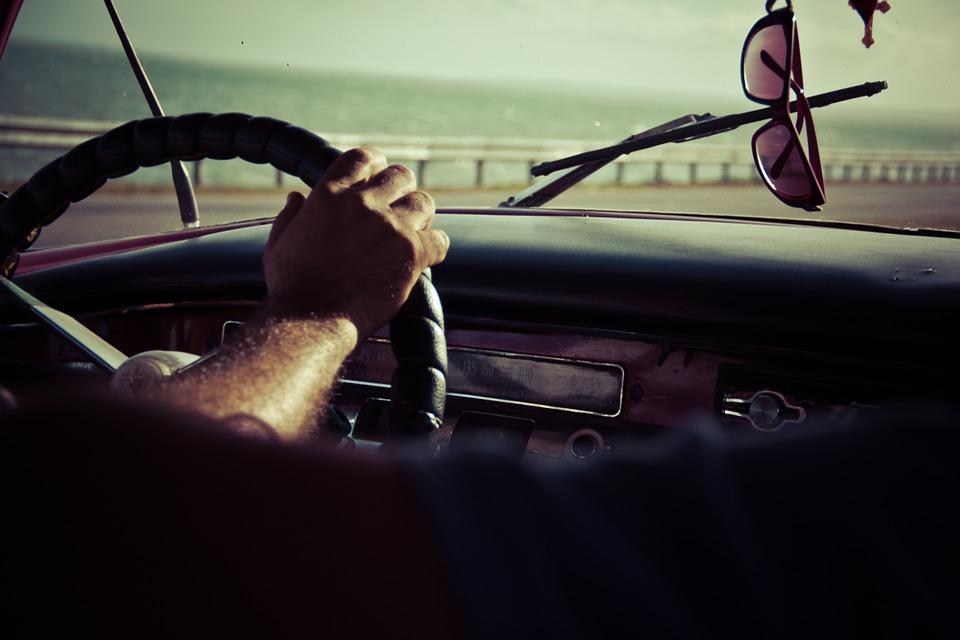 zonnebril auto