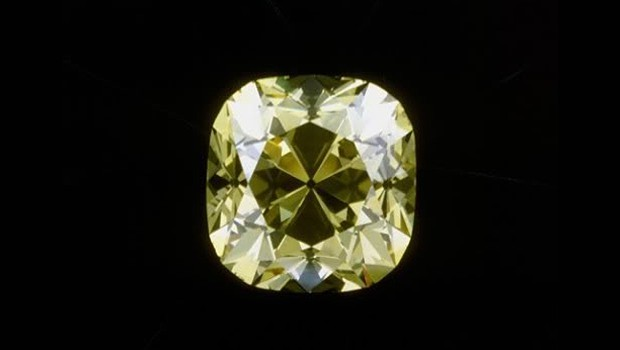 The Red Cross Diamant