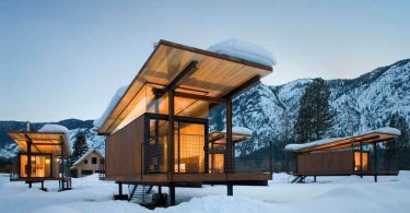 Rolling-Huts-Micro-Hotels