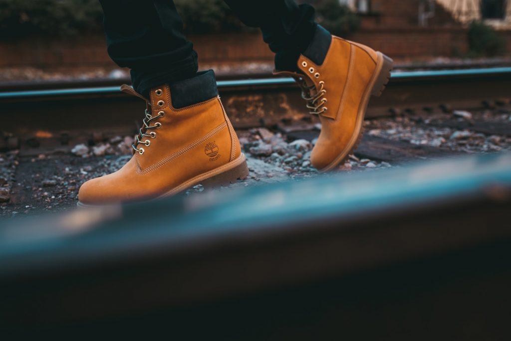 bruine timberland schoenen hoog