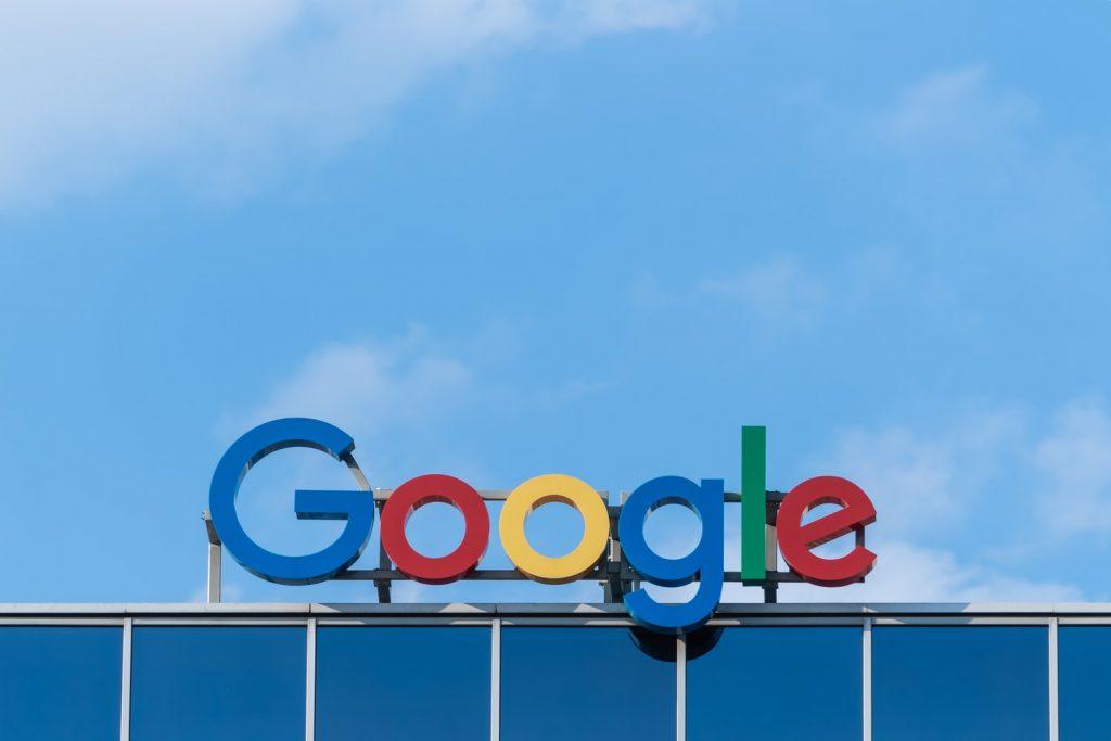 google-logo-gebouw