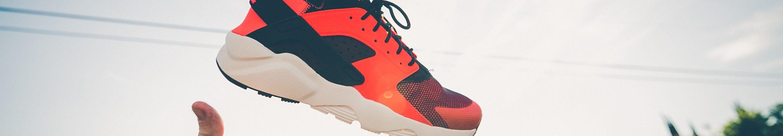 nike-schoenen-rood