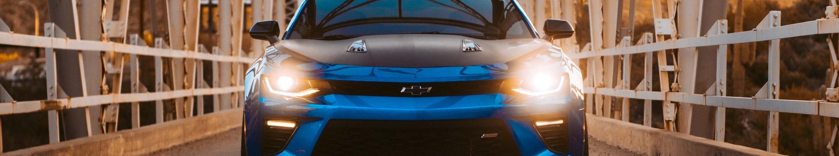 blauw-zwart-auto