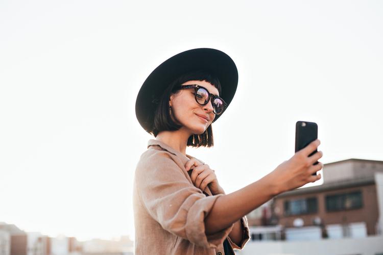 socialmedia-influencer