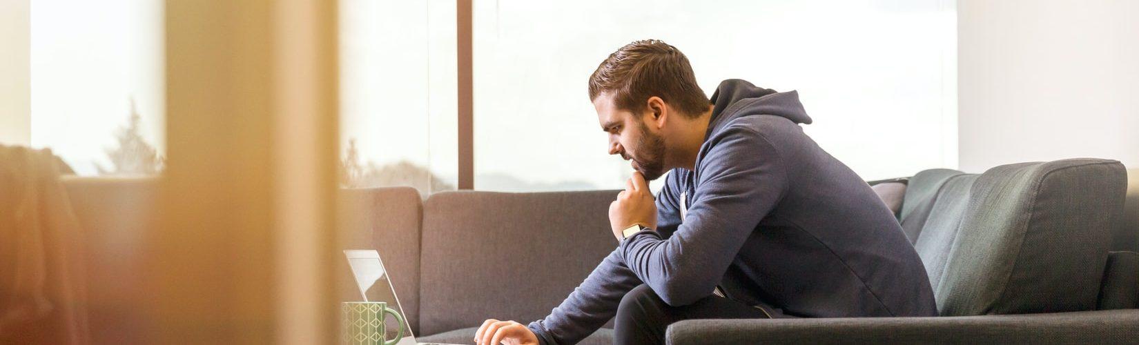 laptop-jongen-business