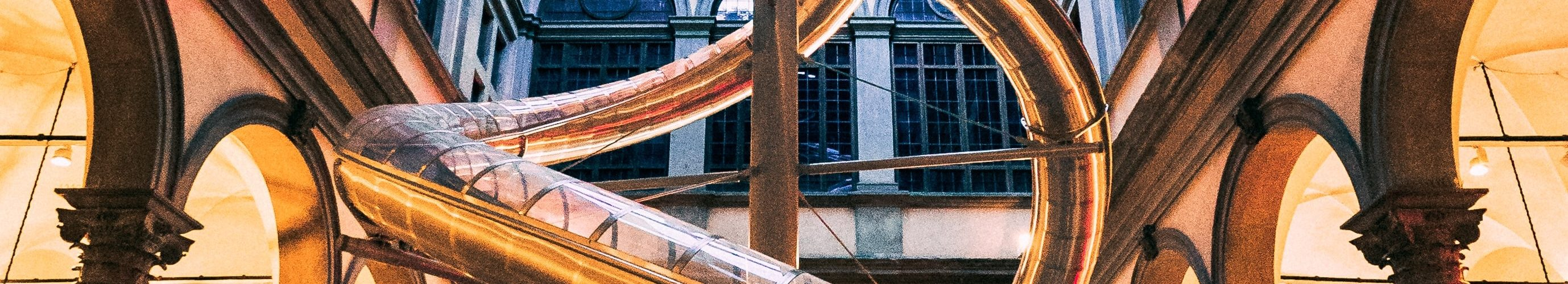 metalen-tunnel-glijbaan