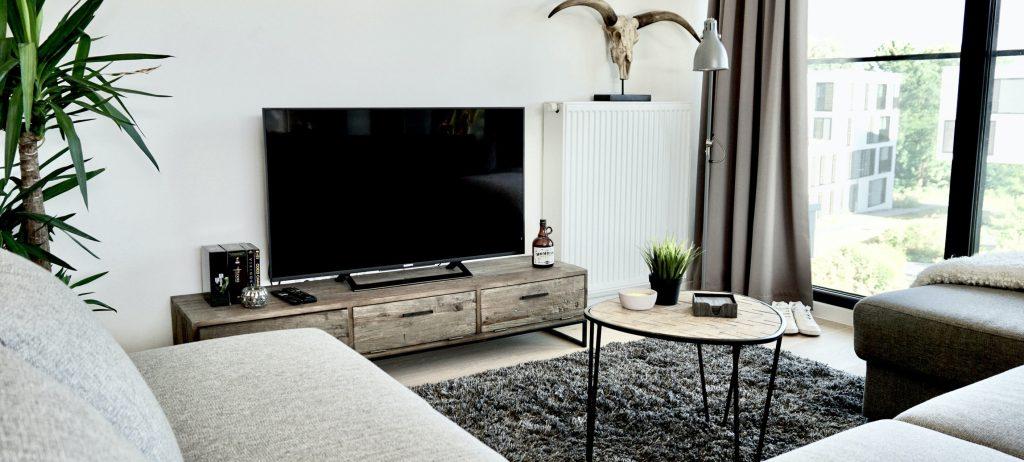 tv-meubel-hout